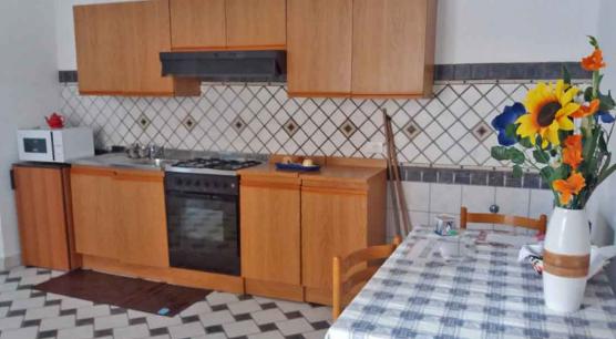 Appartamento con terrazzo e porticato a Chianciano.