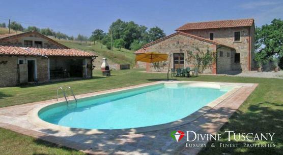 Casale con piscina a Pienza