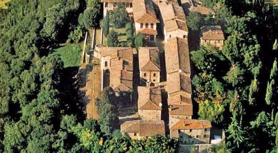 Tenuta e Borgo Medievale a Firenze