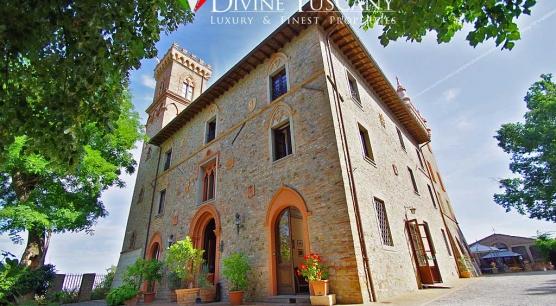 Antica residenza storica del 1800 in vendita a Cetona