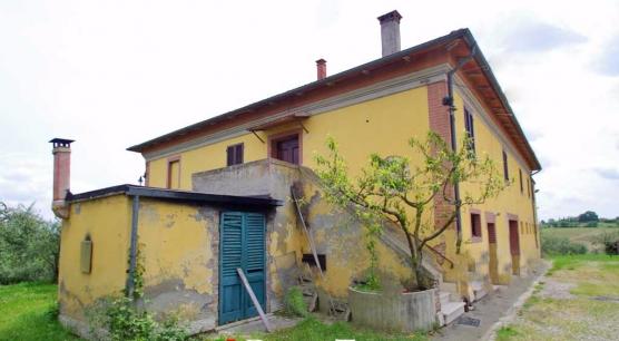 Casale da ristrutturare a Chianciano Terme