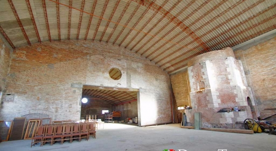 Capannone industriale a Montepulciano